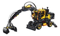 LEGO Technic 42053 Volvo EW160E-Vooraanzicht