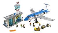 LEGO City 60104 Vliegveld passagiersterminal-Vooraanzicht