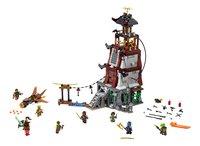 LEGO Ninjago 70594 Belegering van de vuurtoren-Vooraanzicht