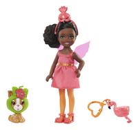 Barbie Club Chelsea verkleedt zich als flamingo-Vooraanzicht