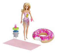 Barbie mannequinpop Pool Party-commercieel beeld