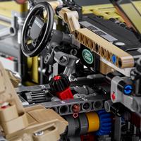 LEGO Technic 42110 Land Rover Defender-Image 1