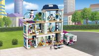 LEGO Friends 41318 Heartlake ziekenhuis-Afbeelding 2