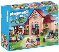 Playmobil City Life 5529 Dierenkliniek met stallen