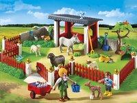 Playmobil City Life 5531 Verzorgingspost met stallen-Vooraanzicht