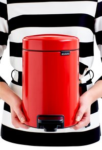 Brabantia Pedaalemmer newIcon passion red 3 l-Afbeelding 3