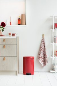 Brabantia Pedaalemmer newIcon passion red 20 l-Afbeelding 2
