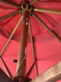 Parasol de luxe en bois FSC Ø 3 m bordeaux-Détail de l'article
