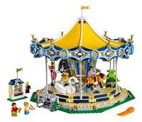 LEGO Creator Expert 10257 Draaimolen-Vooraanzicht