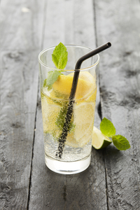Point-Virgule 4 pailles à cocktail avec écouvillon-Image 1