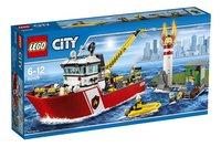 LEGO City 60109 Le bateau des pompiers