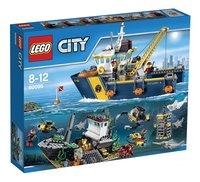 LEGO City 60095 Le bateau d'exploration
