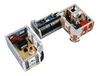 LEGO Creator Expert 10255 La place de l'assemblée-Détail de l'article