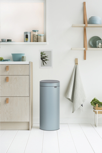 Brabantia Afvalemmer Touch Bin New metallic mint 30 l-Afbeelding 1