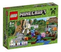 LEGO Minecraft 21123 De ijzergolem-Vooraanzicht