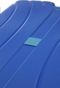 American Tourister Harde trolley Lock'N'Roll Spinner skydiver blue 69-Artikeldetail