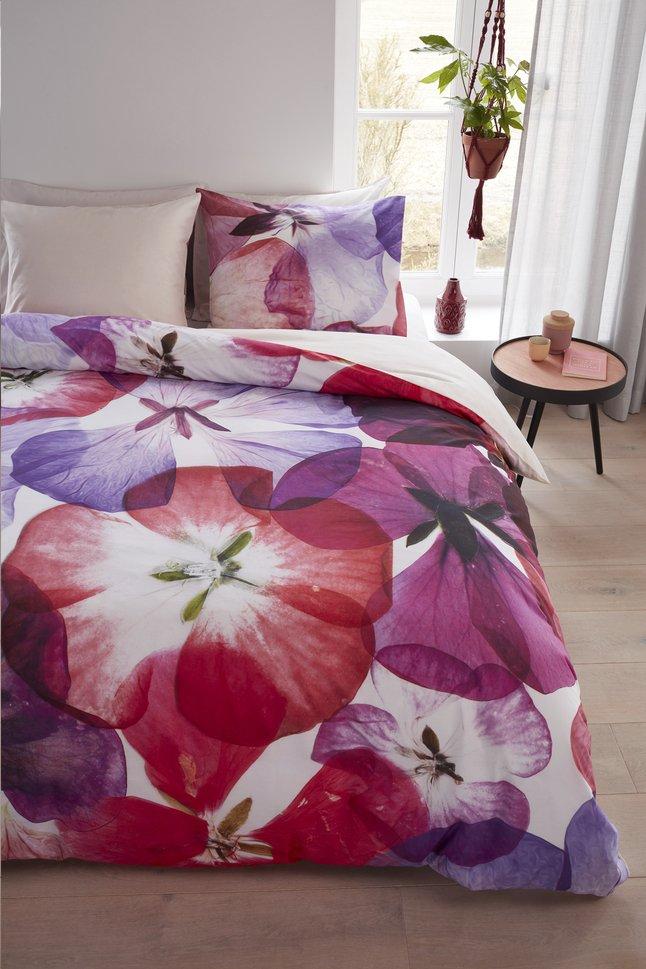 Afbeelding van Beddinghouse Dekbedovertrek Blossom petals pink katoen 240 x 220 cm from ColliShop