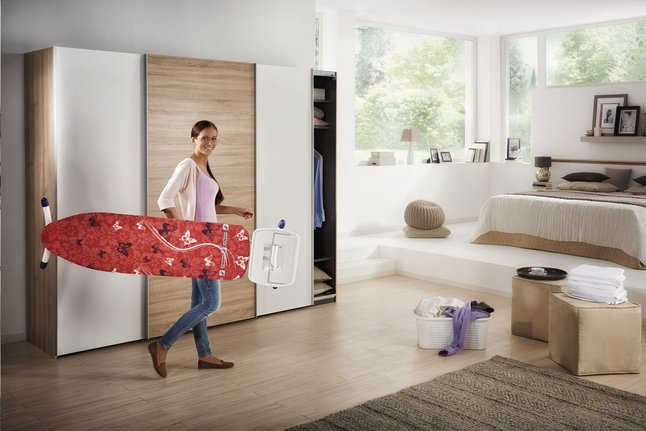 Image pour Leifheit Planche à repasser Airsteam Premium Maxx Solid rouge à partir de ColliShop
