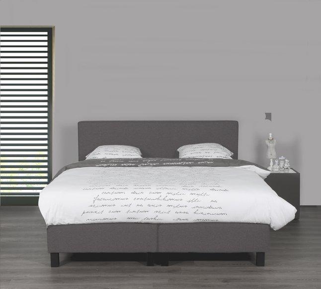 Image pour Boxspring fixe Winston tissu d'ameublement gris clair 180 x 200 cm à partir de ColliShop