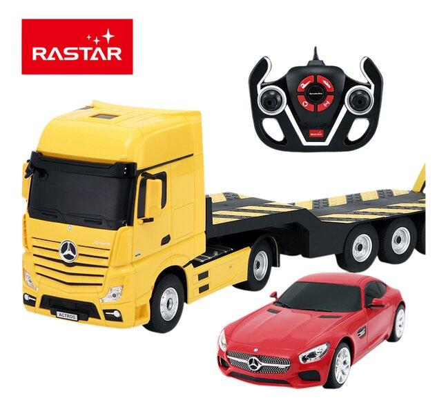Afbeelding van Rastar auto's RC Mercedes Actros + AMG GT geel from ColliShop