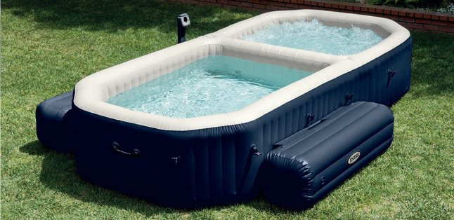 Image pour Intex jacuzzi Bubble Jets + piscine à partir de ColliShop
